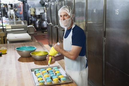Apron, hairnet and beard cover